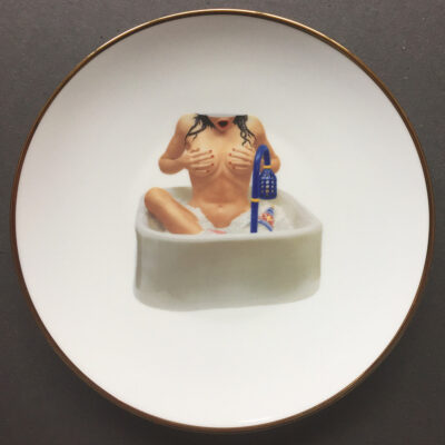 koons-woman-in-tub-01